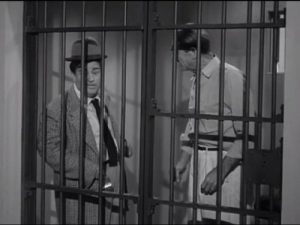 Uncle Bozzo's Visit - The Abbott and Costello Show, season 2 - Lou Costello in jail with Uncl Bozzo