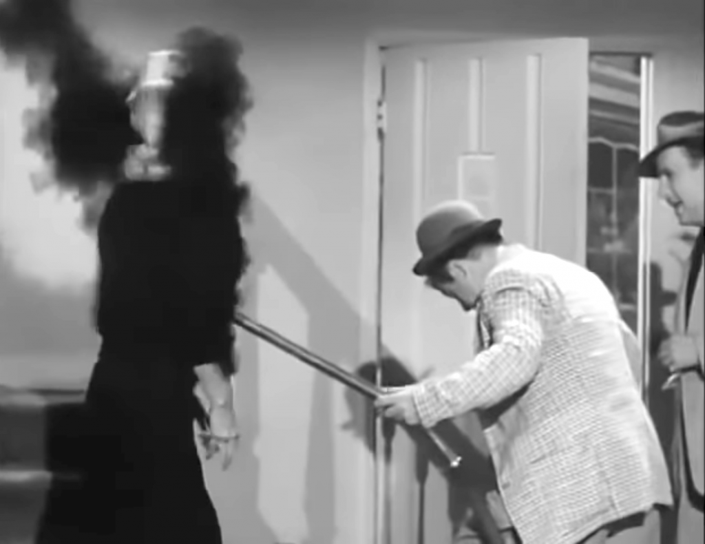 The Vacuum Cleaner Salesman - The Abbott and Costello Show, season 1